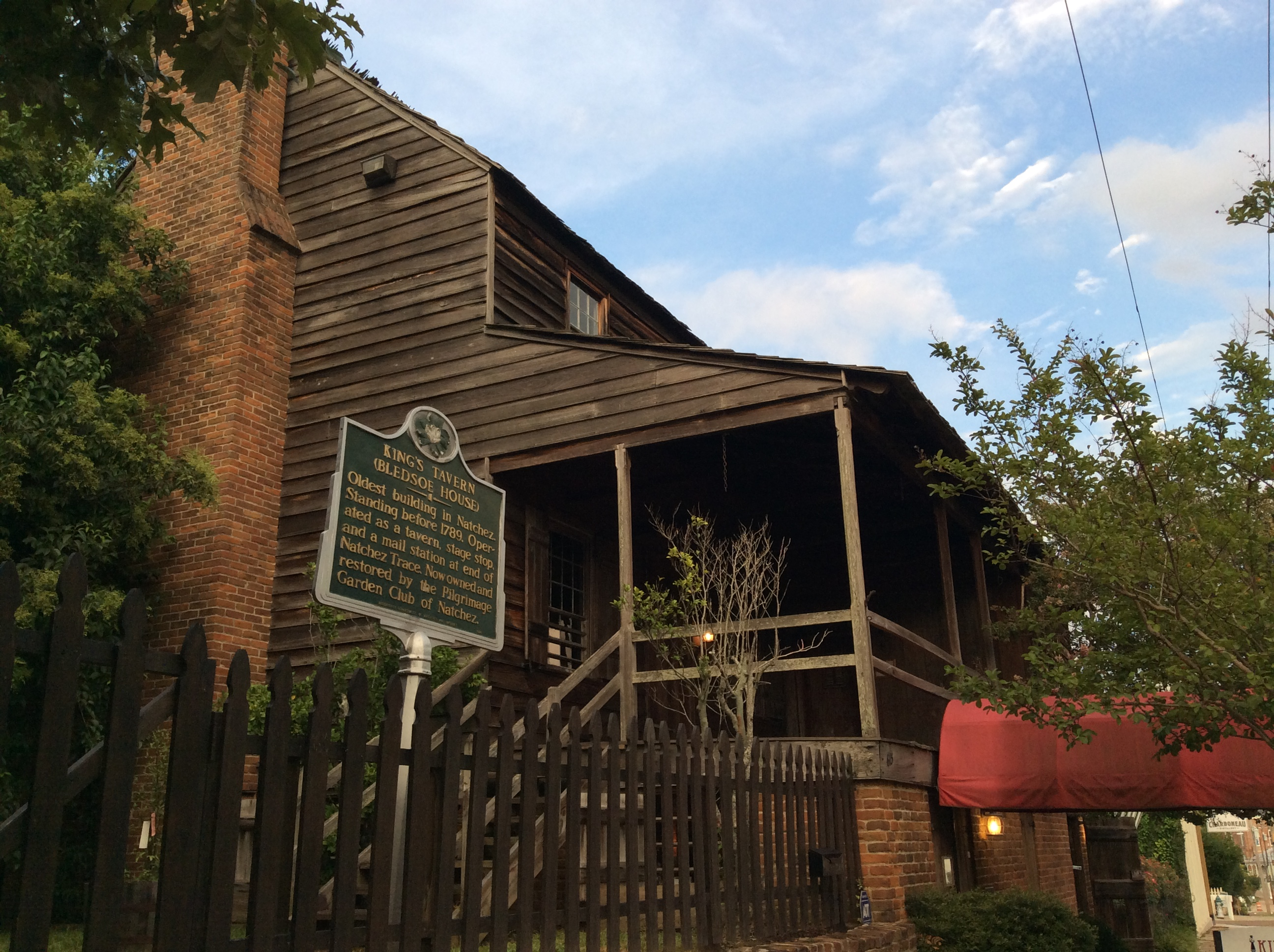 Natchez Dining Guide The Kings Tavern Restaurant