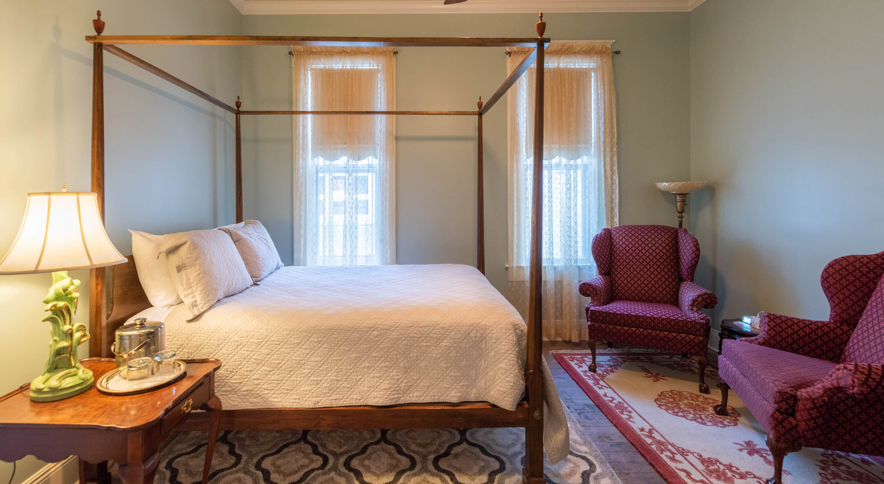 Annie Room - romantic places to stay in Natchez