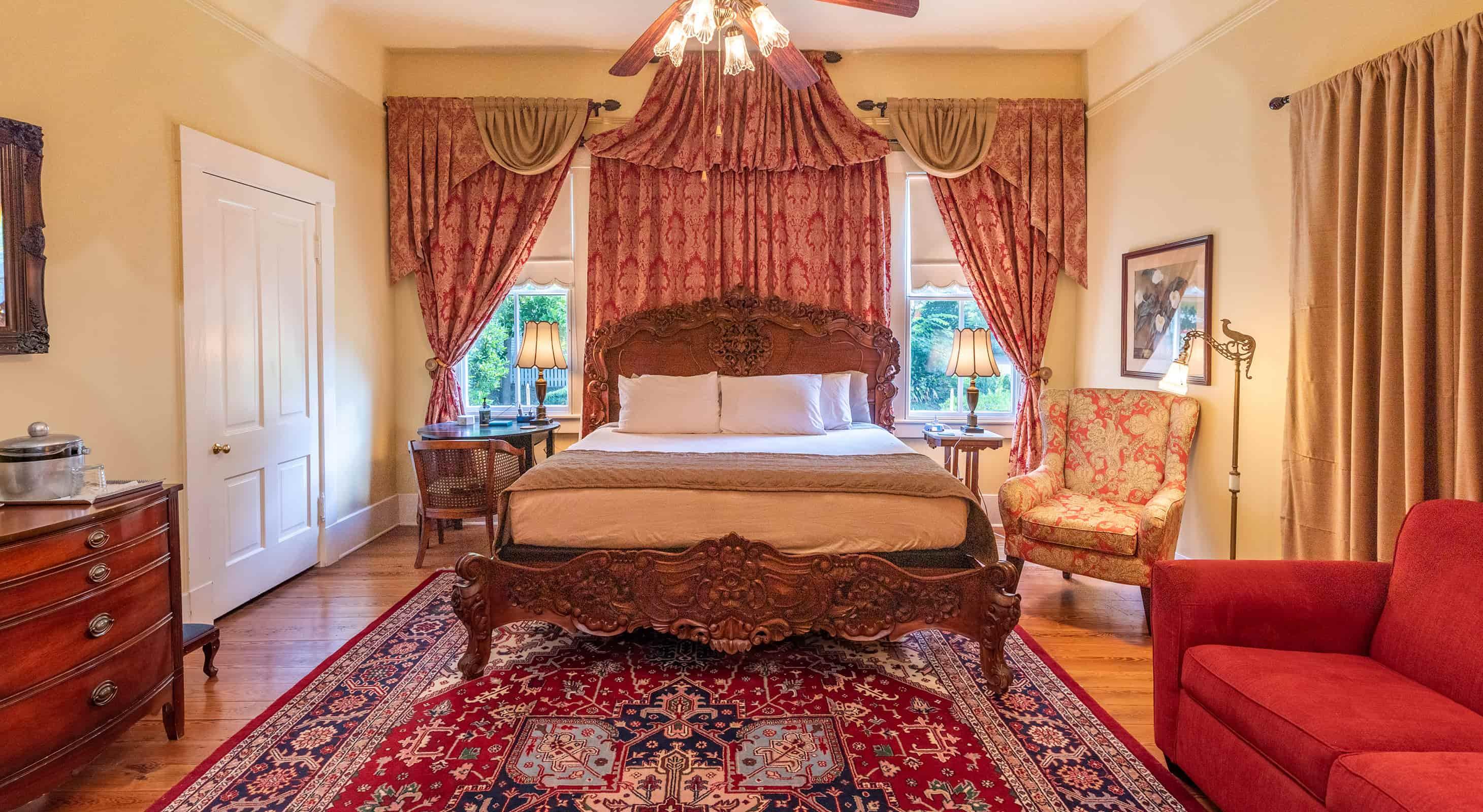 Elmo Room at our Mississippi Luxury Inn