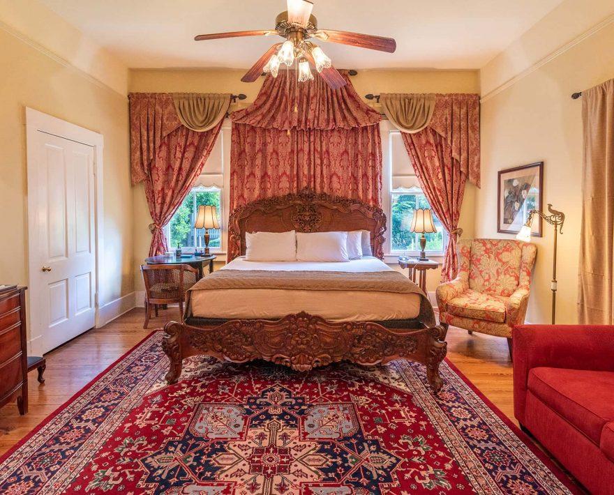 Elmo Room King bed