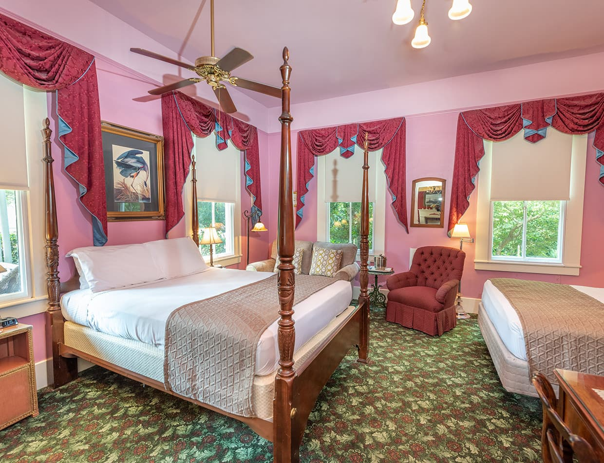 Louise Room beds