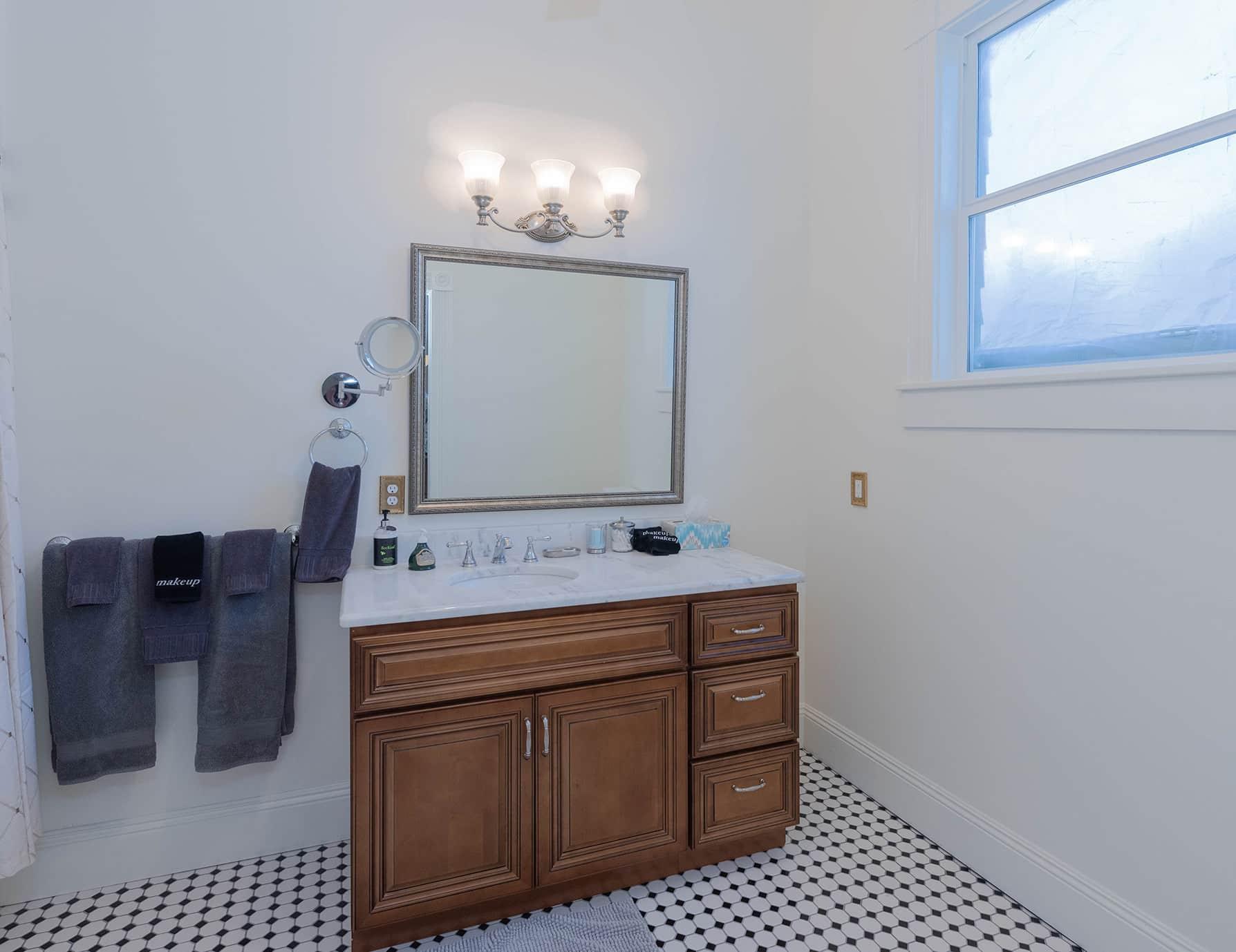 Michael Room bathroom