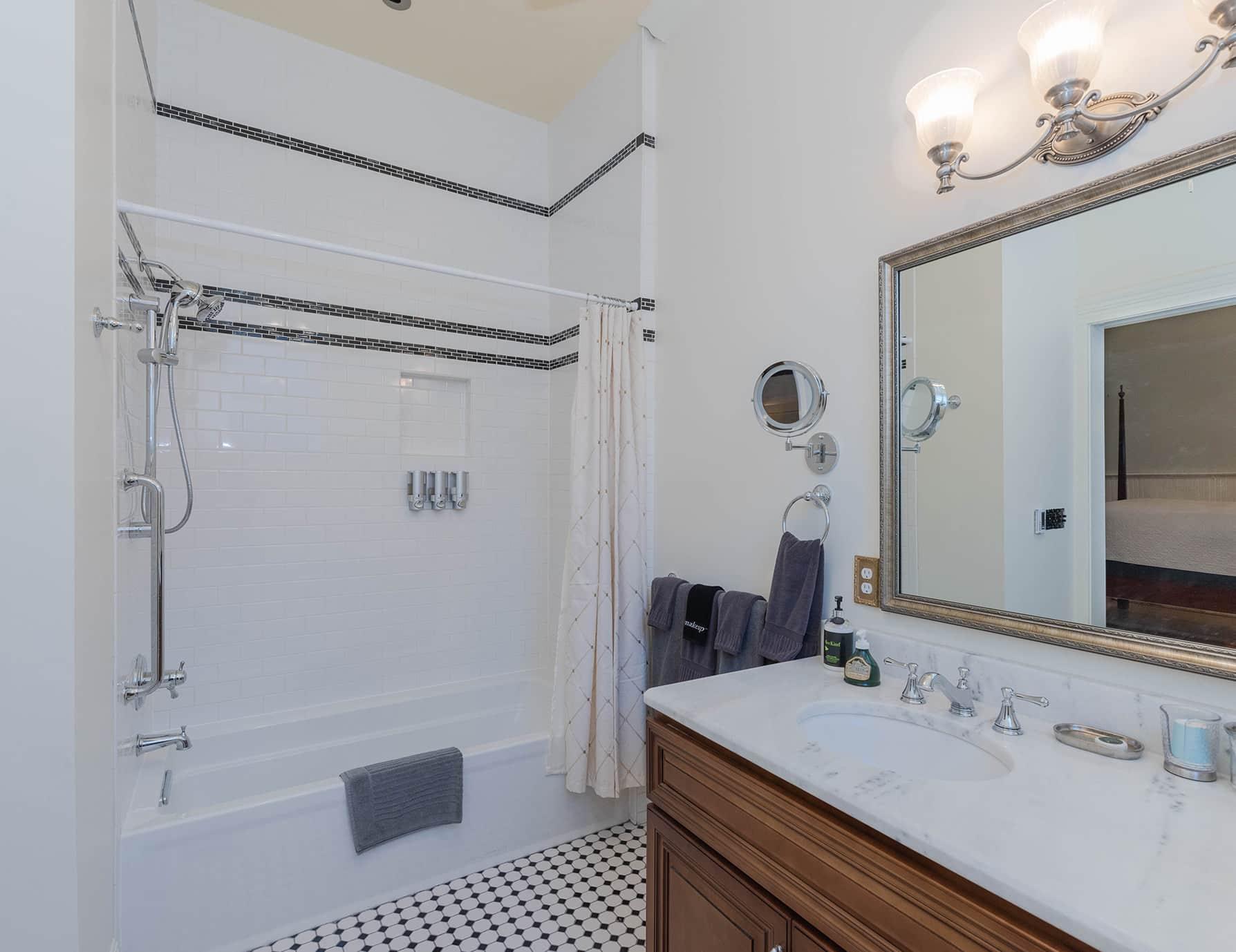Michael Room - Romantic Accommodations in Natchez