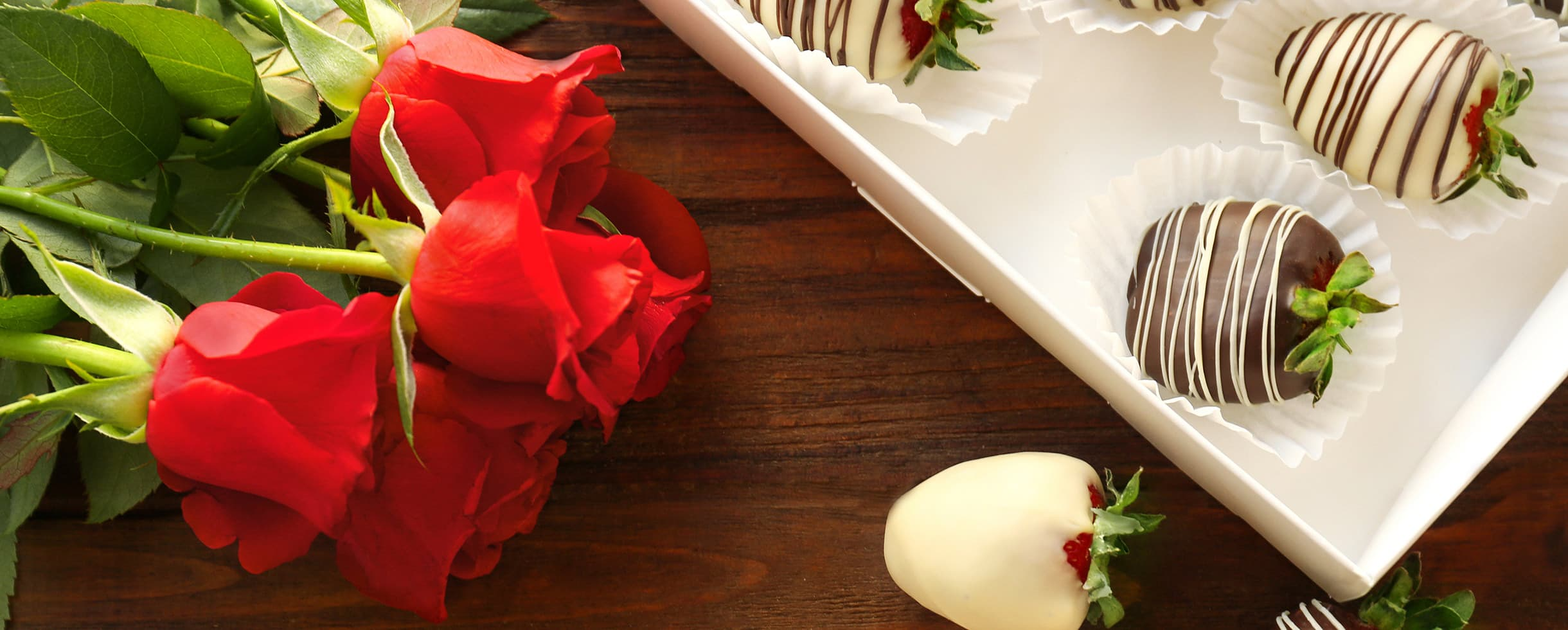 roses and chocolate covered strawberries